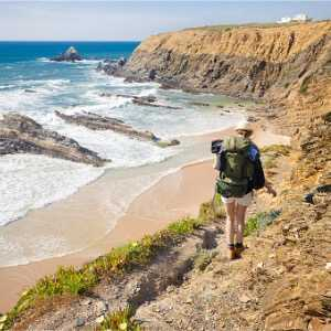 female-hiker-with-rucksack-picture-id530629507