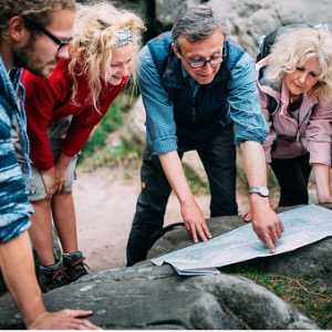group-of-hikers-checking-route-on-map-picture-id619733490